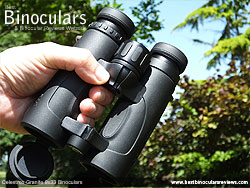 Grip on the open bridge body Celestron 9x33 Granite Binoculars