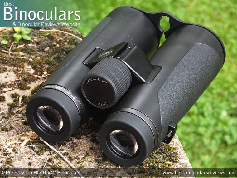 Focus Wheel on the GPO Passion HD 10x42 Binoculars