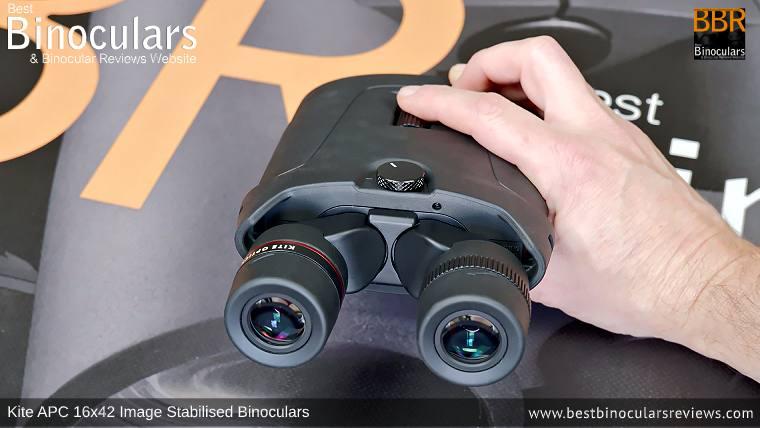 Focusing Wheel on the Kite APC 16x42 Image Stabilised Binoculars