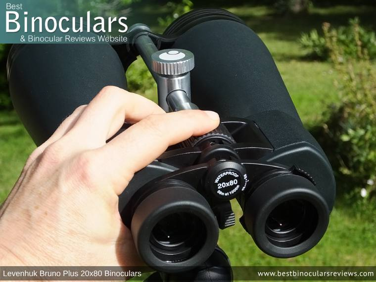 Individual Eyepiece Focus on the Levenhuk Bruno Plus 20x80 binoculars