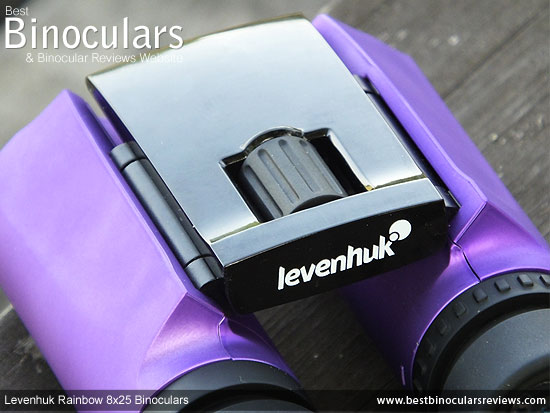 Focus Wheel on the Levenhuk Rainbow 8x25 Binoculars