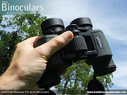 Open bridge design on the Levenhuk Sherman Pro 8x32 Binoculars