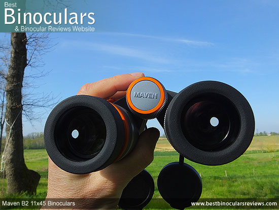 Focusing the Maven B2 11x45 Binoculars