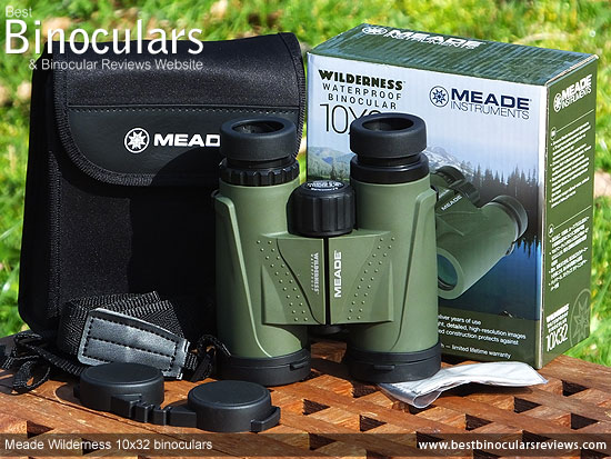 Meade Wilderness 10x32 Binoculars with neck strap, carry case, cleaning cloth & lens covers