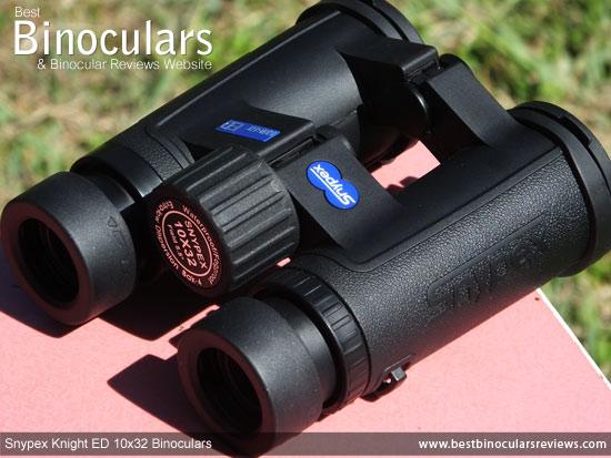 Focus Wheel on the Snypex Knight ED 10x32 Binoculars