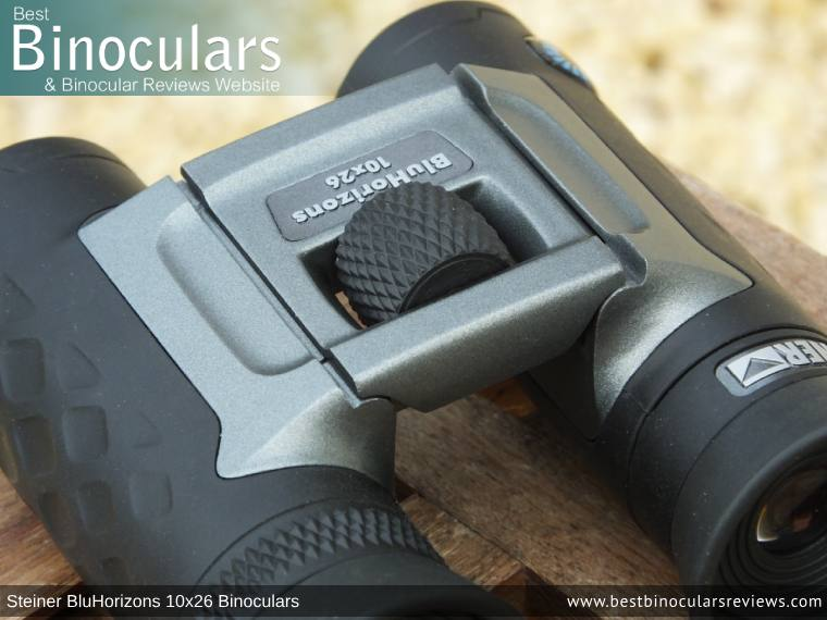 Focus Wheel on the Steiner BluHorizons 10x26 Binoculars