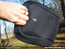 Field bag with handle for the Swarovski SLC 10x42 Binoculars