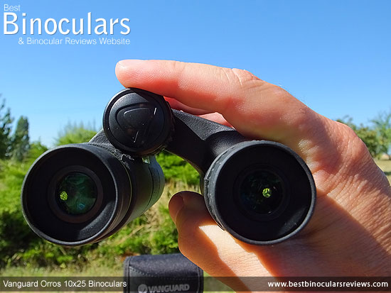 Focusing the Vanguard Orros 10x25 Binoculars