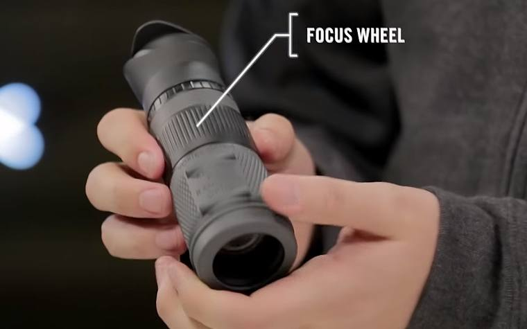 Large Focus Wheel on the 8x32 Vortex Recce Pro HD Monocular