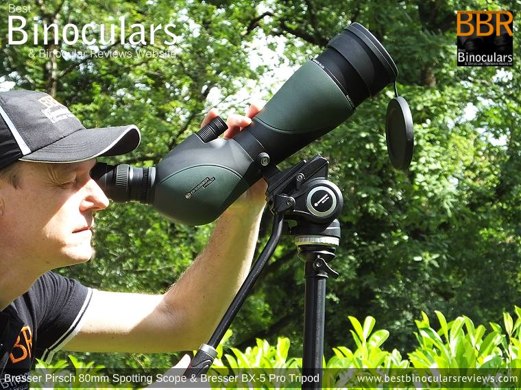 Easy viewing and focusing when looking upwards with the Bresser Pirsch 20-60x80 Spotting Scope